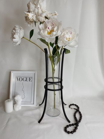 Винтажная Английская ваза, с ковками