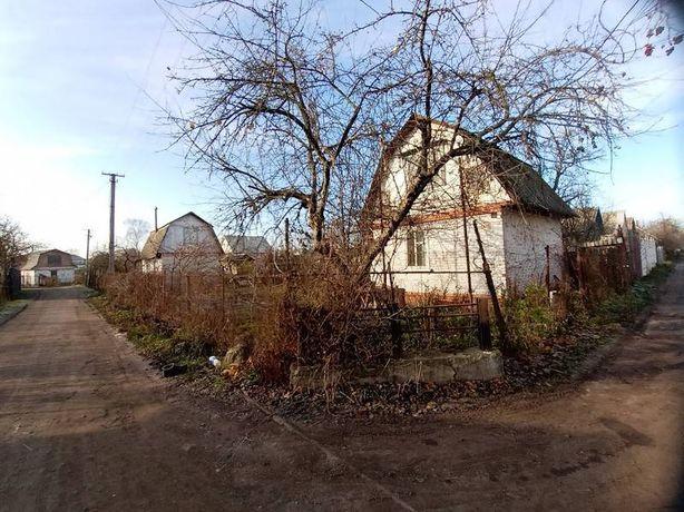 Кирпичная дача в садовом обществе Капрон (Код: 505140 Э)