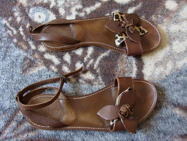 venezia made in italy sandały szyte ze skóry rozm. 40 wkładka 24 cm