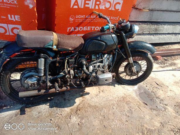 Мотоцикл днепыр 11