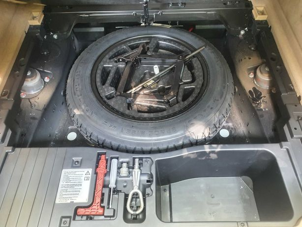 Докатка, запаска - аварийный комплект на Bmw X5 X6, e70 e71 f15 f16.