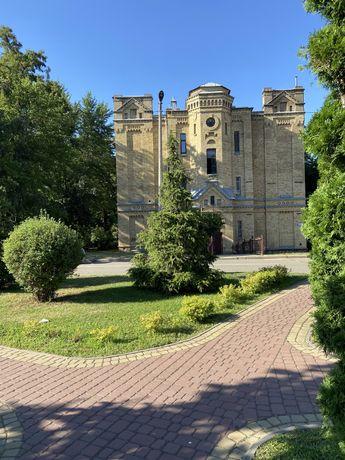 Продам Квартиру в Старом Доме с Высокими Потолками в Парке КПИ. Хозяин