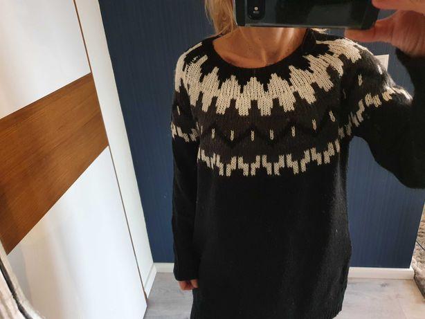 ONLY_długi sweter wzoryr oz.38