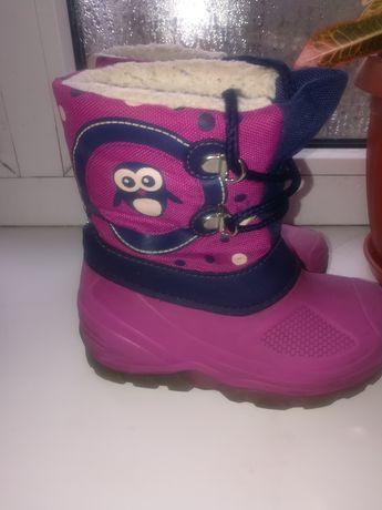 Зимові чоботи для дівчинки 25р.