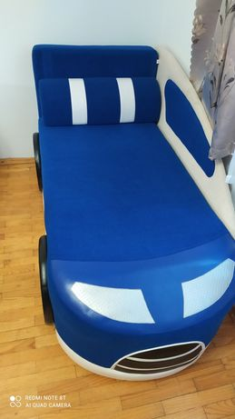 Дитячий диван машина