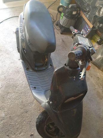Mota BW's preta scooter -RESERVADA