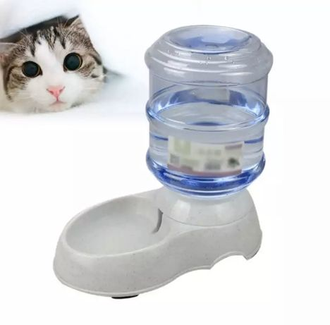 Поилка механическая для кошек и собак