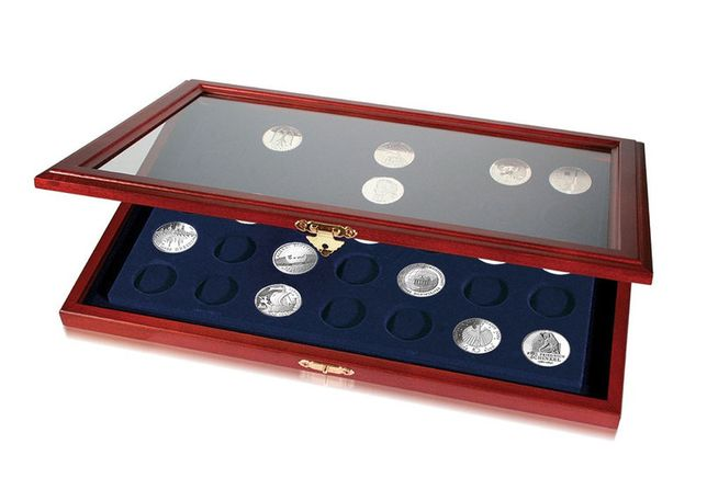 Витрина для монет, деревянная - SAFE