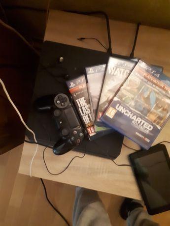 PlayStation 4 zapraszam