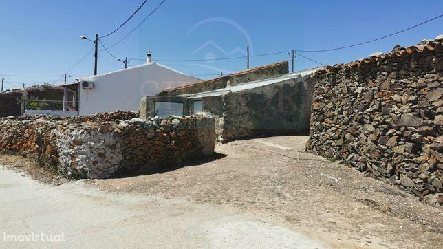 Moradia T2 Venda em Alcoutim e Pereiro,Alcoutim