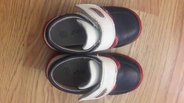 Демисезонные кожаные ботинки Little Deer