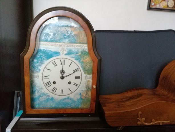 zegar kuchenny z motywem
