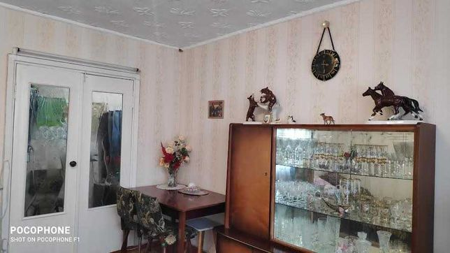 продам 3 комнатную квартиру улучшенной планировки.Комнаты раздельные.
