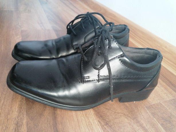 Buty komunijne chłopięce r37