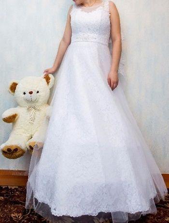 Весільне плаття. Розмір 46-48.