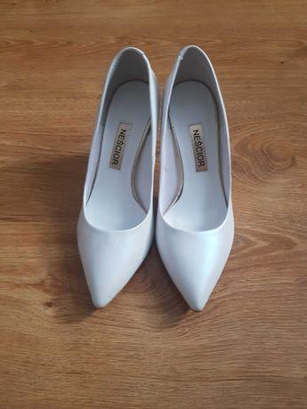 Buty ślubne Neścior