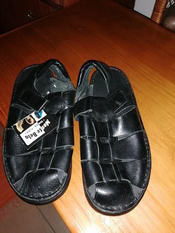Sandália tipo sapato