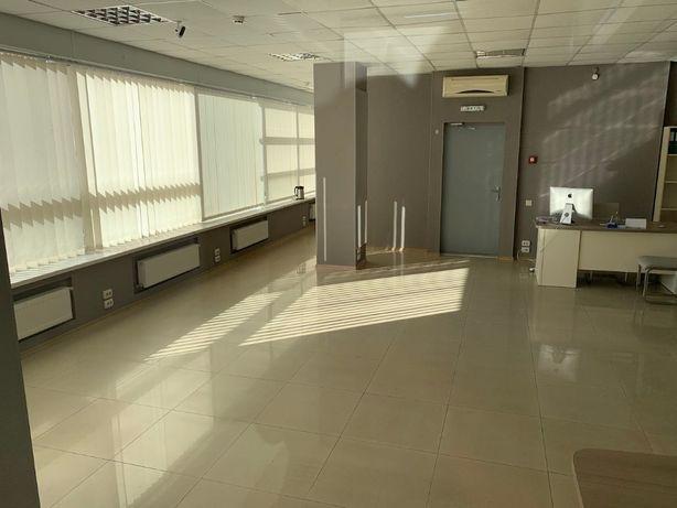 аренда офиса в центре у метро ул.Иванова(Свободы) 90 метров по 330грн.