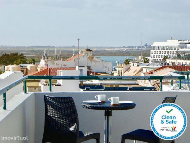 CIP54 T2-Downtown, confortável ap T2,centro de Faro, vista Ria, wifi