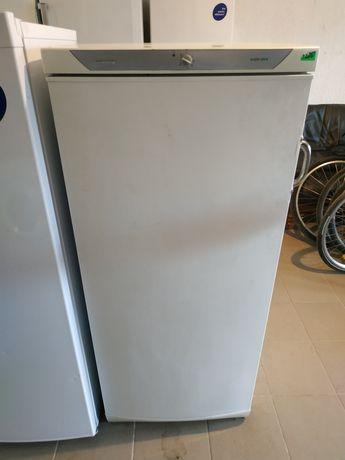 Холодильник Privileg