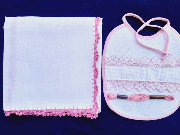 Conjuntos de fralda + babete por bordar