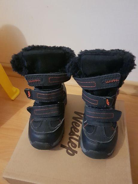 Зимові чоботи на хлопчика