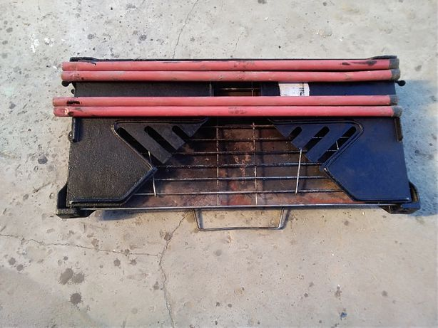 Продам переносной мангал(барбекю) заводского  изготовления GRILLY