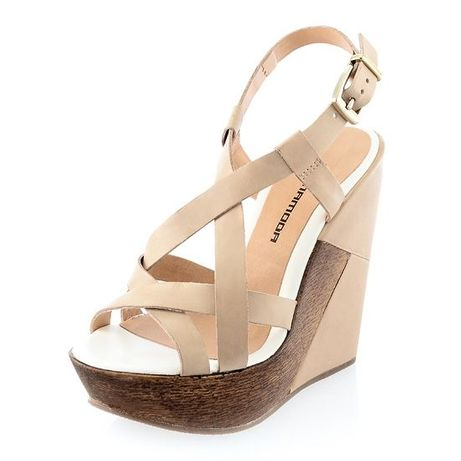 Beżowe sandałki Prima Moda
