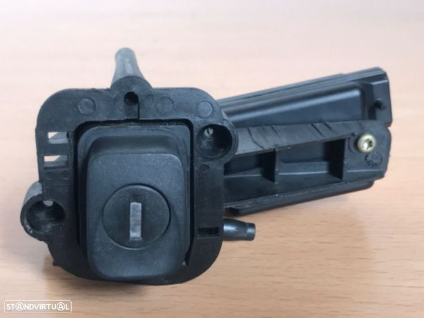 Pistola Fecho da Porta Bagagens Renault Clio de 98 a 01