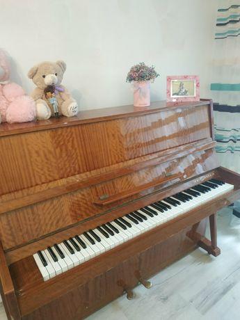 СРОЧНО продам фортепиано Украина