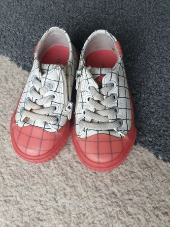 Buciki buty roz. 21 zara trampki adidasy kapcie
