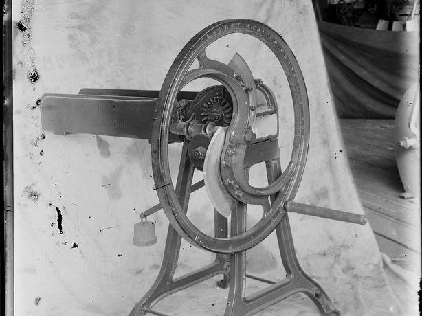 Bentall&Co  рубач подрібнювач соломи сіна... січкарня соломорізка