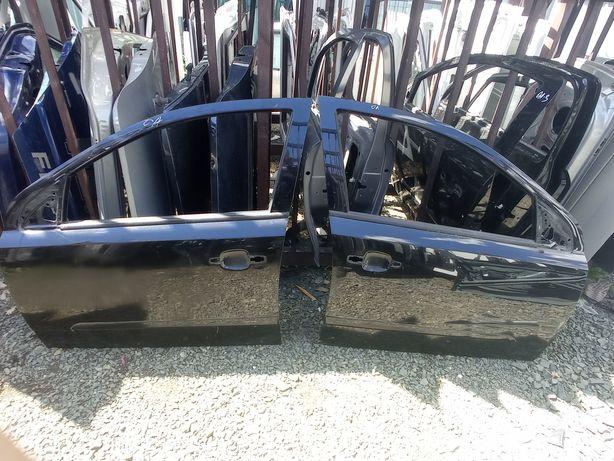 Авторозборка! Передні дверкі на Opel Astra h чорні