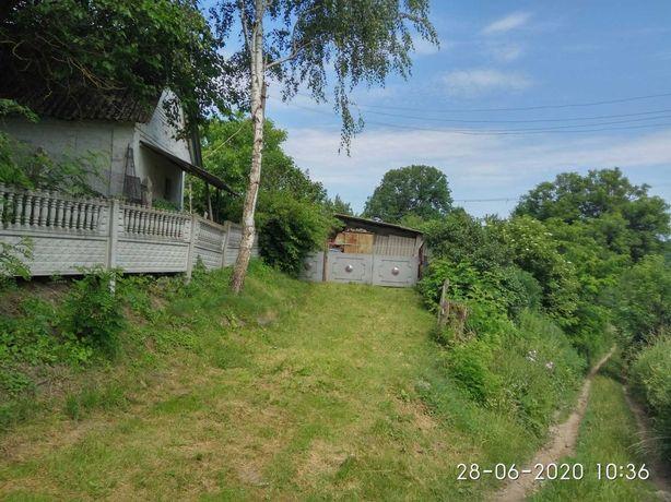 Продається цегляний будинок площею 80м2. Таращанського р- н, с.Крива.