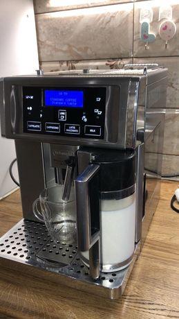 Кофеварка обслужена від відомого бренду делонджи прімадонна