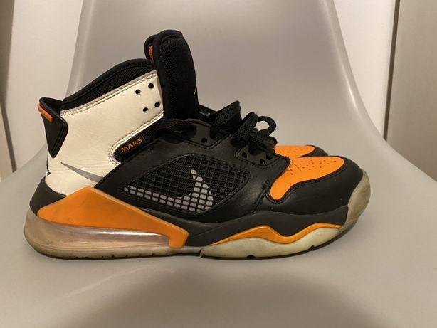 Air Jordan Mars