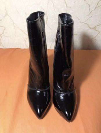 Сапожки сапоги ботинки Luciano Carvari