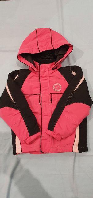 Kurtka narciarska dziewczęca róż czarny r.122-128 na 8 lat