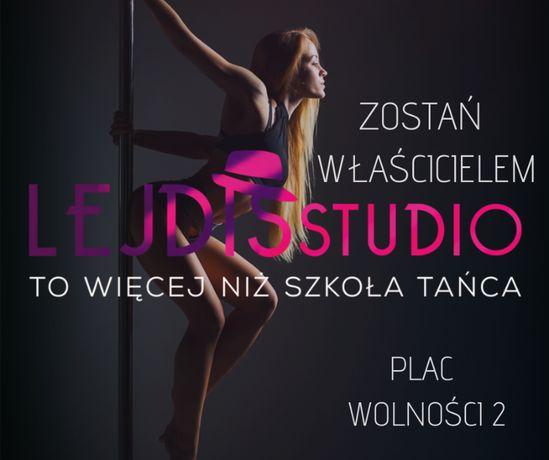 W pełni wyposażone kameralne studio Pole Dance w Łodzi- franczyza.