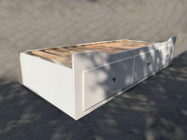 Leżanka HEMNES z 3 szufladami na 2 materace biała