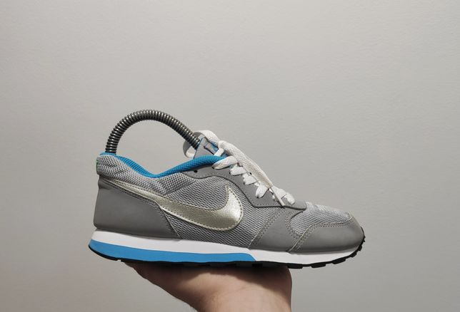 Фирменные кроссовки Nike MD Runner