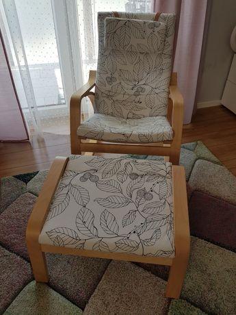 Bujany fotel POANG z podnóżkiem, IKEA