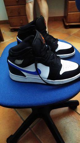 Ténis Nike Air Jordan one Eur 36