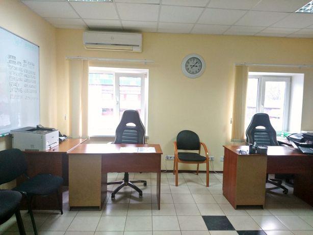 Современный офисный блок с мебелью метро Берестейская