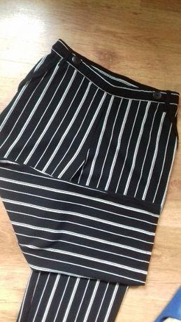 Spodnie 7/8 w paski must have 2020 rozmiar L