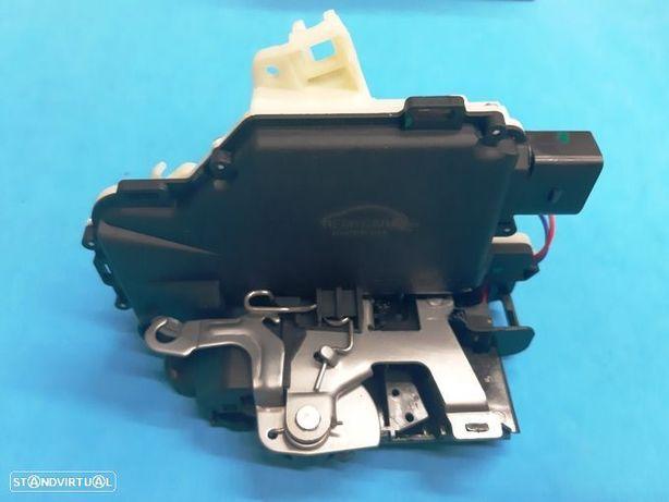 Fecho fechadura trinco porta eléctrico Vw Golf IV Passat B5 Bora Beetle Lupo NOVO