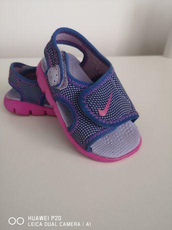 Sandałki Nike dla dziewczynki