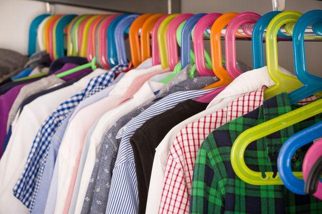 Nowe ubrania dziecięce po likwidacji sklepu