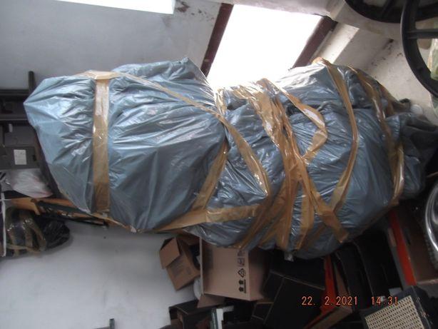 choina sztuczna ubrana zapakowana w folię