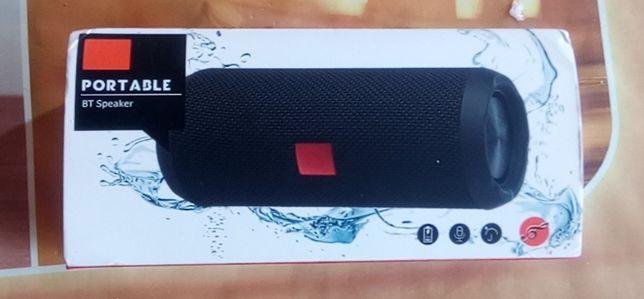 1200mAh wodoodporny 10W Subwoofer przenośny głośnik Bluetooth 5.0 8D S